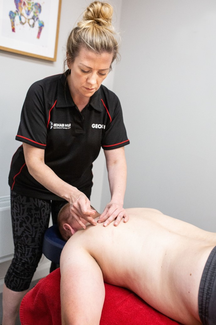 sports therapist does dry needling for shoulder pain in biggleswade