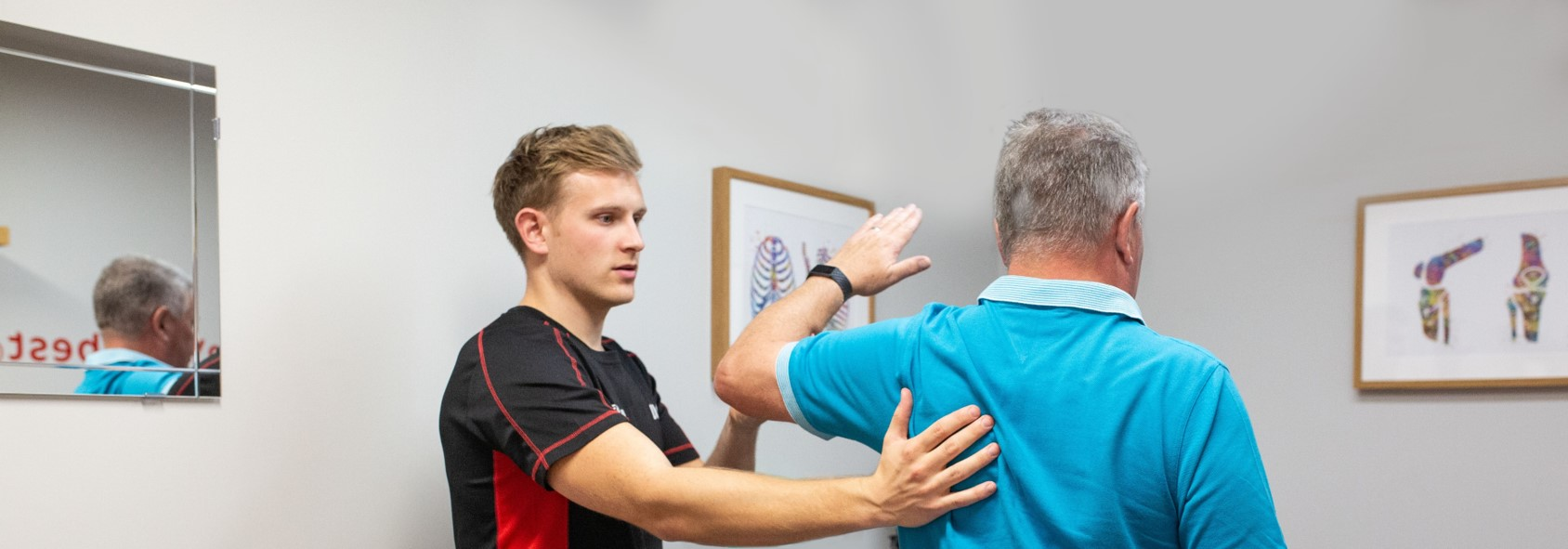 physiotherapist does injury assessment in biggleswade